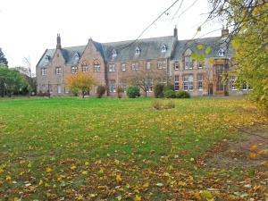 guthrie-court